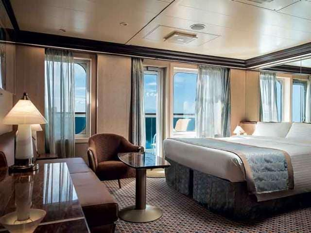 Suite with balcony overlooking the sea on Costa Diadema