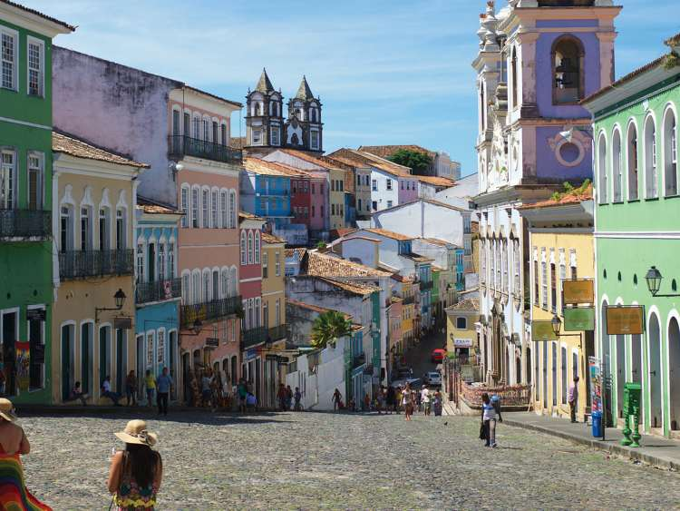 Discover the nature and cities of Brazil with Costa cruises